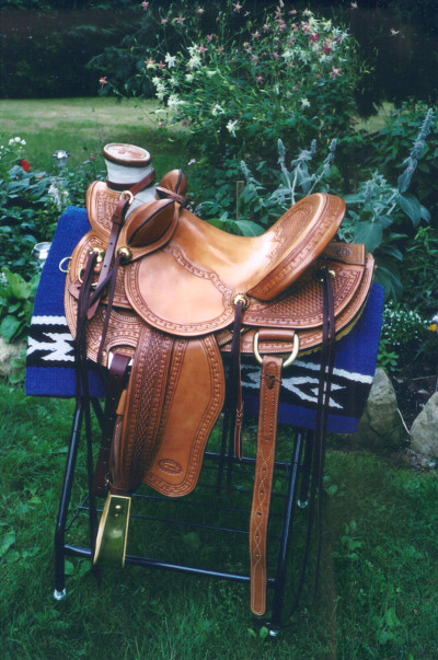 Wade Bucking rolls and exposed stirrup leathers